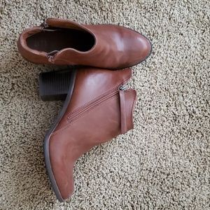 ANKLE BOOTS with 2 in heel:ONLY WORN ONCE!